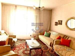 Prodaje se spratna kuća u centru Rume! U prirodi kuća ima oko 170m2