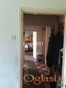 Povoljan stan na Miljakovcu ID#2135