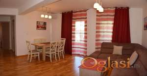 Dvosoban stan na duži period sa garažom-600€