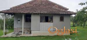 Plac sa kućom Preljina kod Čačka