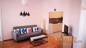 Dvosoban stan u Starom Gradu, Kotor-220.000€