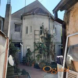 Kuća sa lokalom, 135000 evra