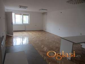 Poslovni prostor u Durlanu
