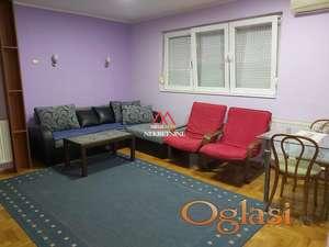 Dvosoban stan na Novom Naselju, TOP PONUDA