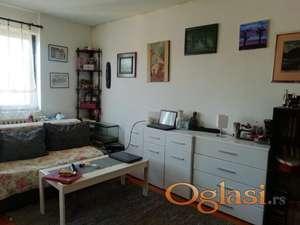 Dvoiposoban stan u Apelovcu