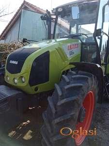 Prodajem  traktor  clas  axos  340