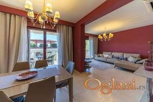 Luksuzan stan u Petrovcu