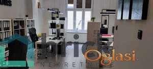Fantastičan opremljen kancelarijski prostor useljiv odmah!!!