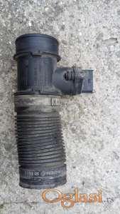 Sa moje corse B 1.0 12V 1998 ispravan Bosch protokomer (MAF) 0 280 218 031