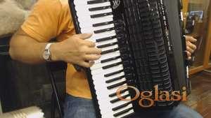 Video skola balkanske muzike na harmonici