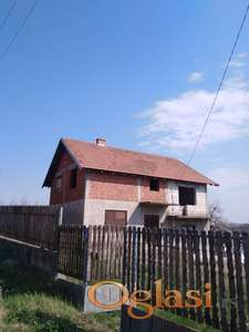 Seosko domaćinstvo u Topola selu,pored Topola varoši,25.000e