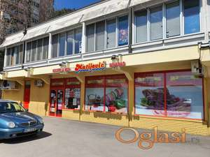 Izdajem lokal na prometnom mestu u Rakovici 122 m2