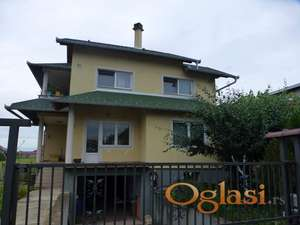 Noviji Stan u kući 70 m2 VPR, Stara Pazova