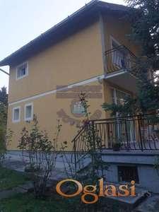Renovirana kuća na odličnoj lokaciji !