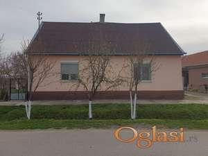 Prodajem kucu u Zmajevu