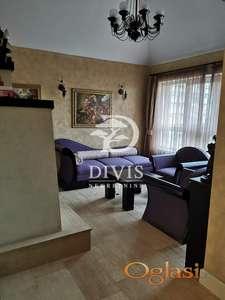 Prodajemo stan-Nikolaja Gogolja, Banovo brdo,fasadna cigla