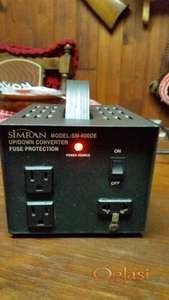 PRETVARAC-KONVERTER sa 220v na 110v i obrnuto sa 110v na 220v/50HZ-800W-8A