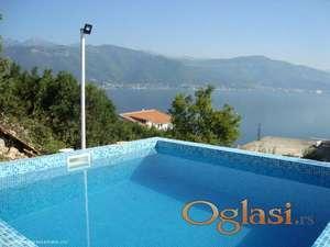 Kuća sa 3 spavaće sobe, privatnim bazenom i panoramskim pogledom