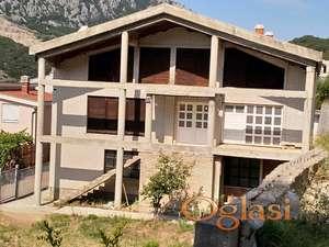 Velika Kuća na Crno Gorsko Primorje SUTOMORE