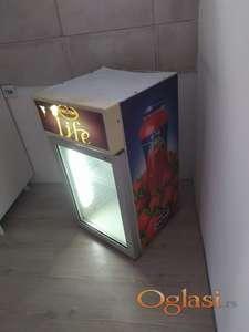 Mini rashladna vitrina