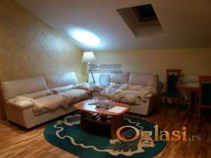 Odličan, bez ulaganja trosoban stan na Keju! 021/425-112