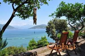 Prodaje se dom na najromantičnijem mestu u Herceg Novom, u naselju Njivice