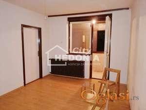 Komforan jednoiposoban stan u Šumicama ID#6964