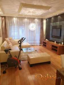 Izdavanje stanova Beograd/Cetvorosoban lux stan sa garazom u novogradnji