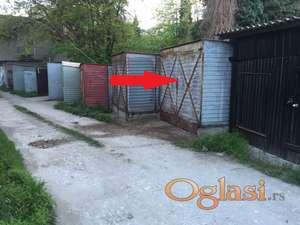 Izdajem garazu u centru Arandjelovca