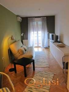 Moderno namešten stan, izdavanje, Novi Sad