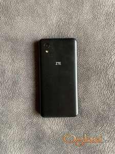 Vrlo očuvan kratko korišćen pametni telefon