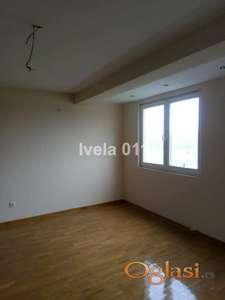 Nov useljiv stan - Petlovo brdo ID#2216