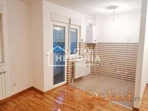 Nov, useljiv dvoiposoban stan u Bilećkoj ID#6716