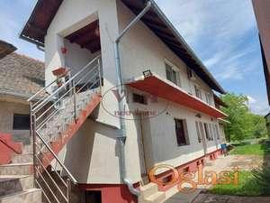 Vrbas, Dve nove  kuće sa više stanova blizu centra grada - veliki plac