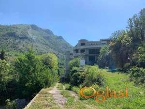 Velika vila u izgradnji u selu Buljarica