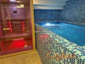 Izdavanje stanova Beograd-Vračar-Penthaus sa bazenom, saunom, teretanom