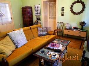 Prelepa kuća u Karlovcima! Ne propustite priliku da kupite ovu izvanrednu kuću