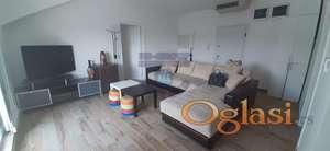 Prelep dvosoban stan u Petrovaradinu