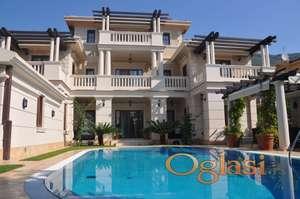 Nova luksuzna vila u Baosicima, Herceg Novi