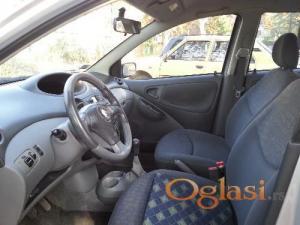 Toyota Yaris 2003