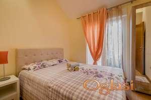 Prodajem jednosoban namesten stan u Baosicima, Herceg Novom