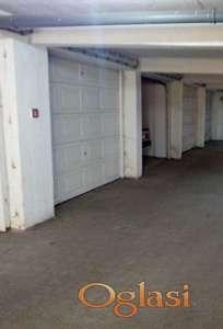 - odlična lokacija garaže - Grbavica