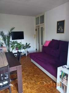 Uknjizen stan na Novom Naselju, bez ulaganja