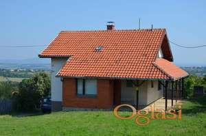 Kuća 150m2 i 82ara u okolini Aranđelovca, Srbija, 40.000e