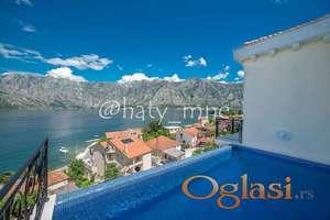 Luksuzna vila sa bazenom, samo 50 m od mora u Stolivu, Kotor