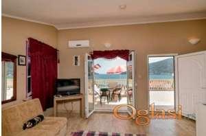2 2 Studio Apartmana sa Panoramskim pogledom zaliva