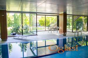 Izdavanje-Lux četvorosoban stan na Senjaku ,2 garažna mesta,bazen,dvorište,teretana