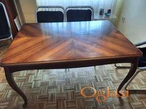 Trpezarijski sto od punog drveta