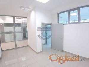 Odličan prostor - Pogodno za kancelarije i ordinacije