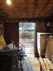 Odlična garaža kod železničke Stanice